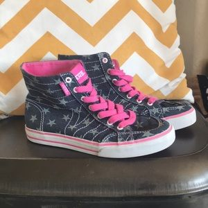 Girls vans super cute!!